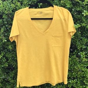 Madewell tee top 💯 % cotton on gold/mustard